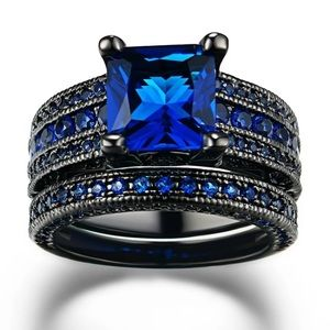 🆕 Size: 7 Black & Blue 2 Piece Stackable Ring